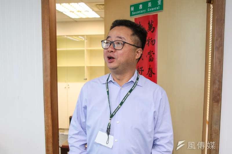 針對民進黨主席卓榮泰拋出2020大選民進黨前進方向,秘書長羅文嘉30日表示,中常委也普遍認為,用決議文的方式會更清楚。(顏麟宇攝)