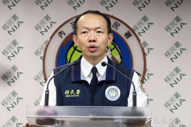 移民署南區事務大隊長謝文忠說,截至今天中午,到案88人只有不到10人從事賣淫行為,「比例不算高」。(蘇仲泓攝)