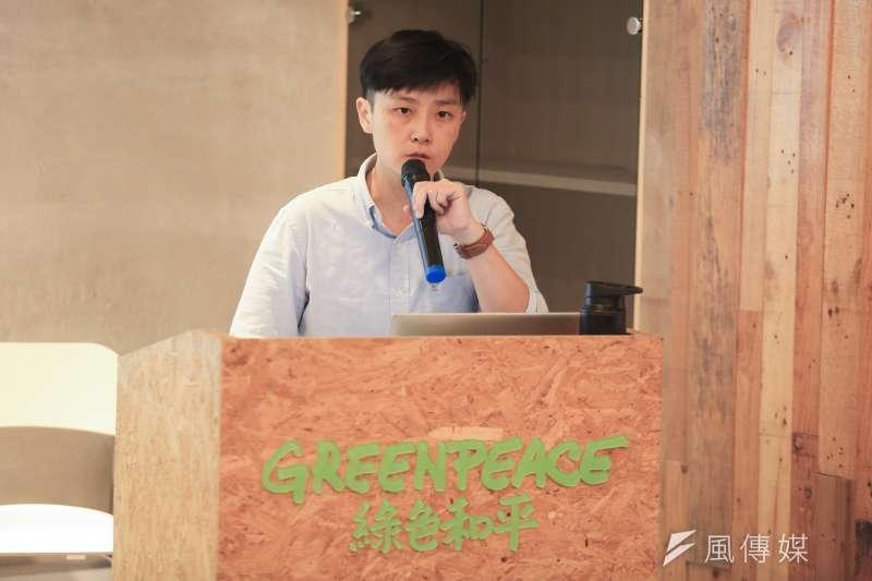 20190122-綠色和平組織22日舉辦「福島核污水現況」記者會,能源專案經理李之安指出:「日本輻射污水尚未解決,若排放至太平洋,將對當地社群、漁民及環境有長遠的影響。」(簡必丞攝)