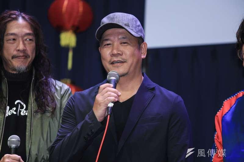 20190124-蕭青陽設計董事長樂團專輯暨入圍葛萊美最佳唱片設計包裝獎。(簡必丞攝)