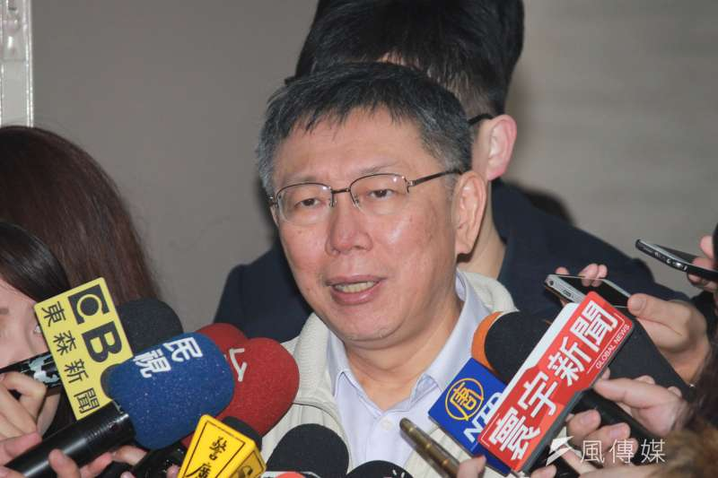 台北市長柯文哲25日上午主持交通會報,會前受訪。(方炳超攝)