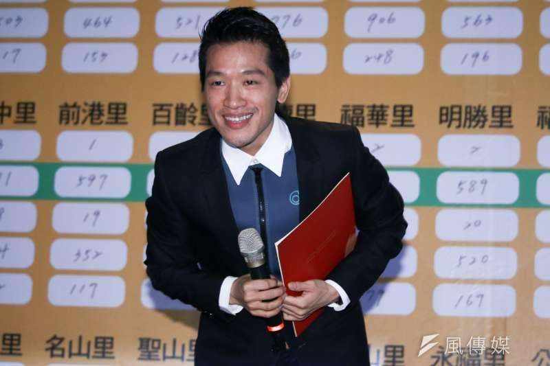 20190127-何志偉參與立委補選獲得勝選,並發表當選感言。(蔡親傑攝)