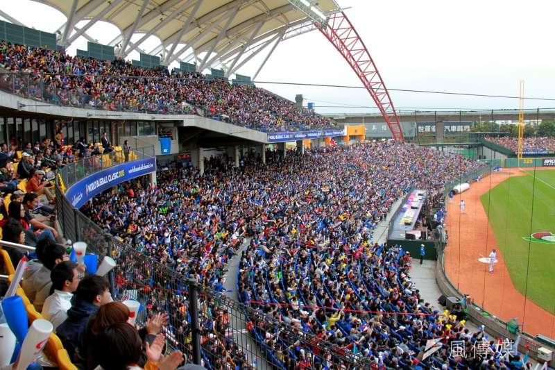 洲際棒球場曾舉辦2013年世界棒球經典賽。(中市府提供)