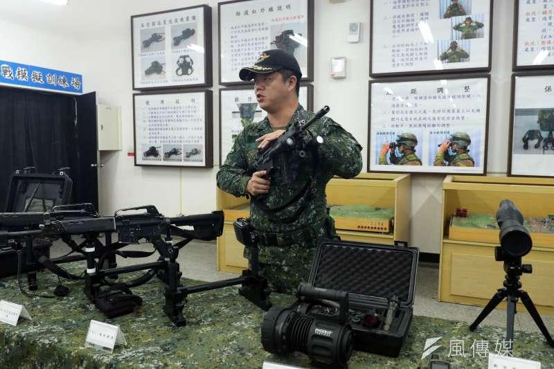 20190129-特種作戰裝備多元,特戰隊員會依據執行的任務類型,來決定自身攜行的彈藥量和器材種類。(蘇仲泓攝)