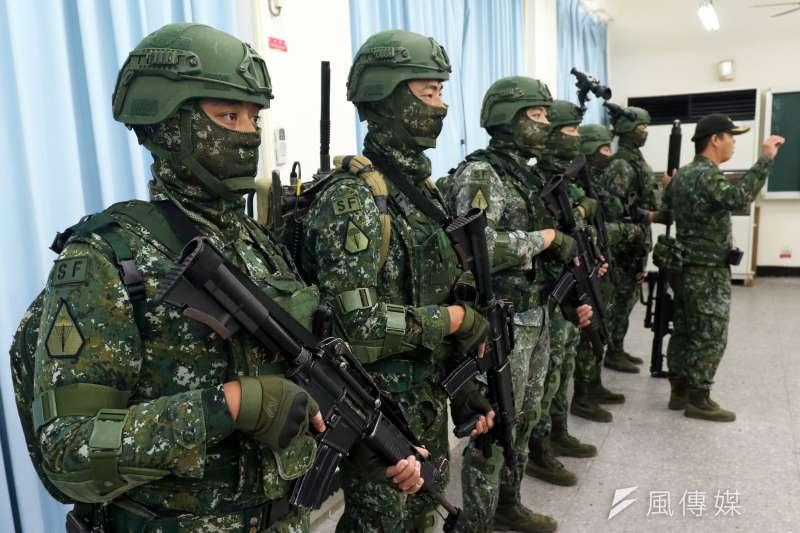 特戰6人小組成員分別具有「前觀」、「前管」、「通信」、「爆破」、「救護」、「狙擊」等核心職能,亦是特種部隊以小兵力執行任務的縮影。(蘇仲泓攝)