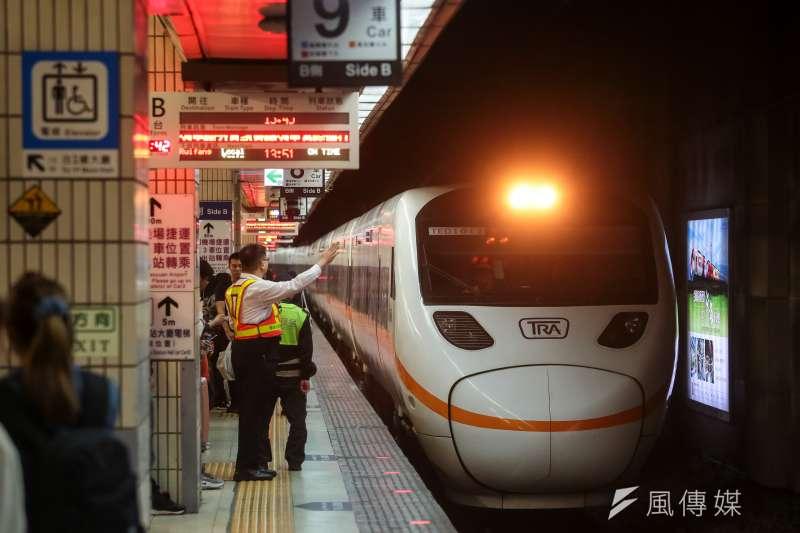 太魯閣號24日再傳軌道事故,台鐵宣布,除事涉安全者,其餘臨軌工程全數暫時停工。示意圖。(資料照,顏麟宇攝)