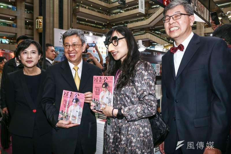 20190212-副總統陳建仁(左二)出席「第27屆台北國際書展開幕暨頒獎典禮」,並參觀國內書商。(蔡親傑攝)