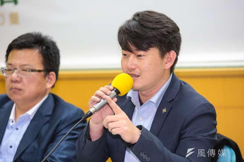 20190214-基進黨發言人陳柏惟14日出席青平台基金會「2020:如何遏止公投亂象」 座談會。(顏麟宇攝)