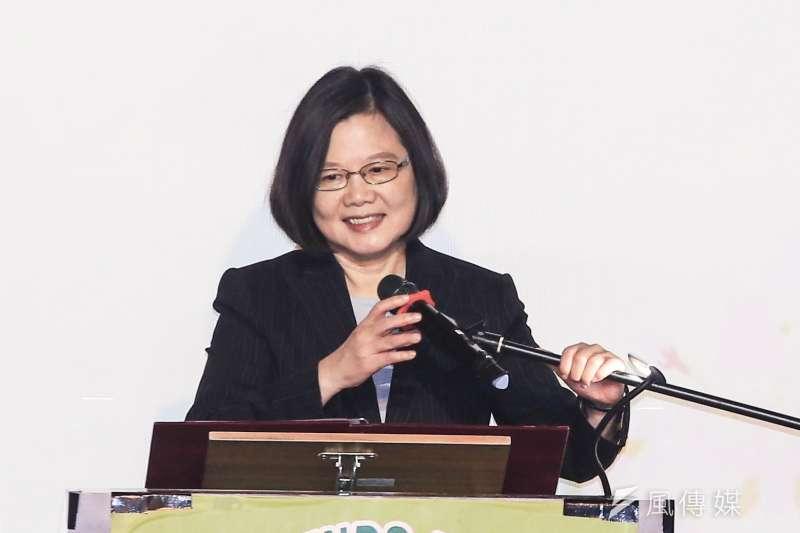 20190215-總統蔡英文15日出席「台灣之友會元宵聯歡晚會」。(簡必丞攝)