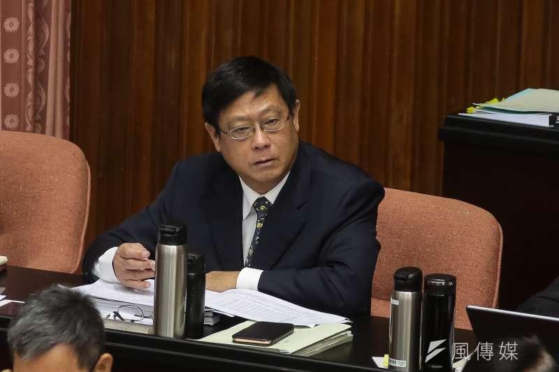 環保署署長張子敬25日赴立法院備詢時首度明確表態,暫時不會再提《環評法》修法。(資料照,顏麟宇攝)