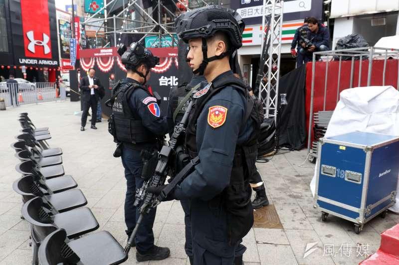 傳行政院初步決定今、明兩年全國要進用4200名警察,對此,內政部強調尚未定案。示意圖。(資料照,蘇仲泓攝)