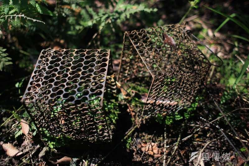 20190125-25日石虎專題配圖,圖為捕抓食蛇龜的籠子。(簡必丞攝)