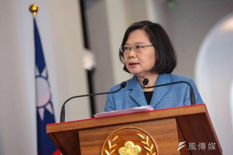 總統蔡英文已宣布競選連任。台灣民意基金會27日公布最新民調,無論在何種對戰組合,都位居劣勢,排名墊底。(資料照,顏麟宇攝)