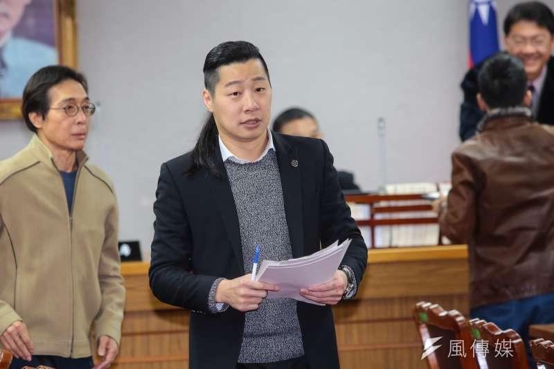 20190223-時代力量立委林昶佐23日出席委員會召委選舉。(顏麟宇攝)