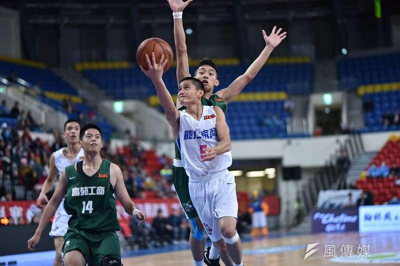高錦瑋在今天對上南山高中的比賽中攻下生涯新高的31分,帶領球隊在延長賽中勝出。 (資料照,王永志攝)