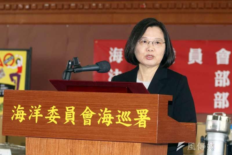 總統蔡英文聲望再度下滑,根據台灣民意基金會最新民調,不贊同蔡政府的人比贊同者多18.8個百分點。(資料照,蘇仲泓攝)