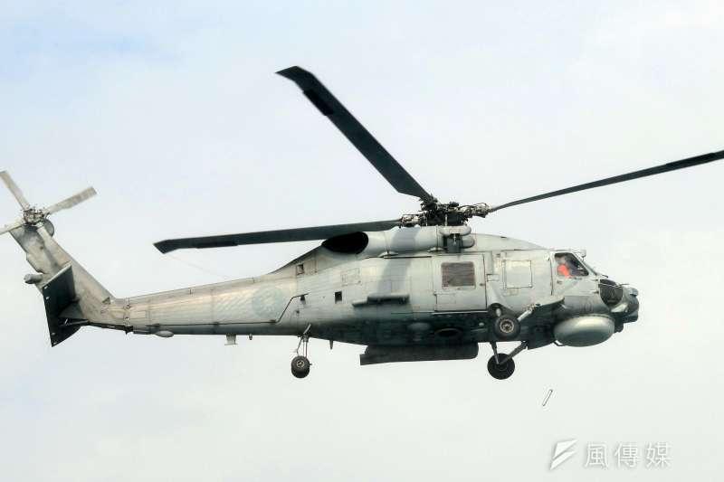 突圍海軍S-70C型直升機(M)(蘇仲泓攝)