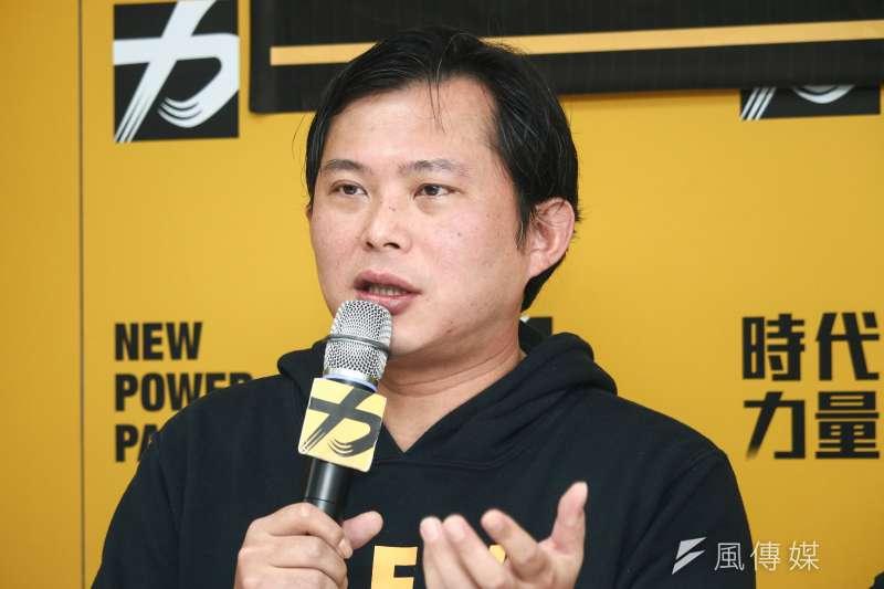 時代力量黨主席交接,甫卸任黃國昌要民進黨不要再吃時代力量豆腐。(蔡親傑攝)