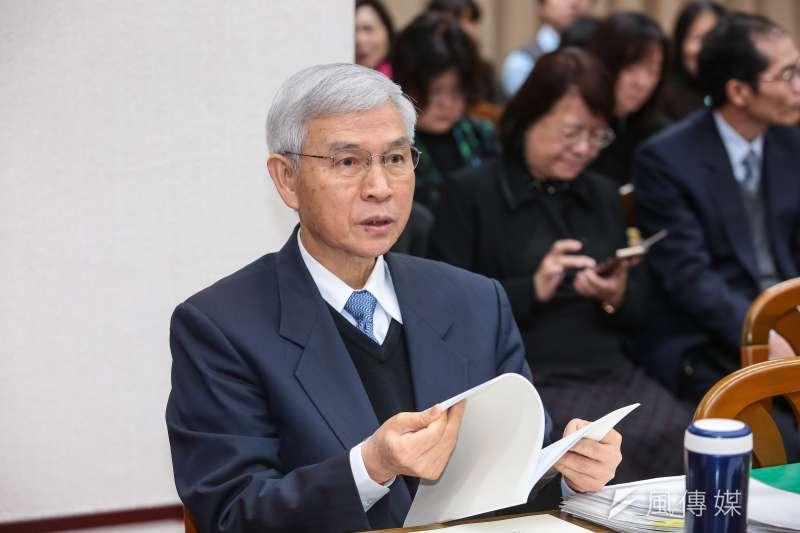 中央銀行今(19)日在台北召開第3季理監事聯席會議,央行行政總裁楊金龍(見圖)會後舉行記者會宣布利率「連13凍」。(資料照,顏麟宇攝)