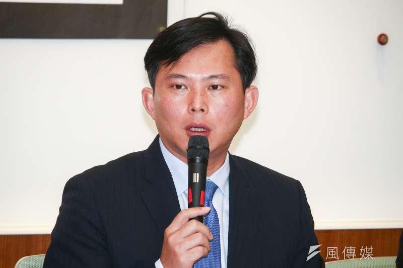 針對前總統馬英九稱太陽花學運讓台灣陷入困局,時代力輛立委黃國昌批評「才是年輕世代看不到未來的真正罪人」。(資料照,蔡親傑攝)