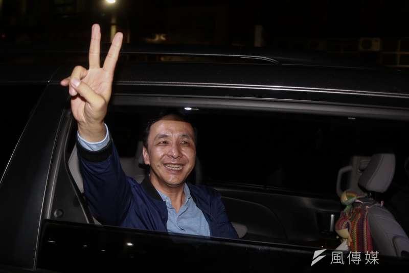 前新北市長朱立倫努力維持民調領先,却敵不過韓國瑜支持者和國民黨的焦慮感。(簡必丞攝)