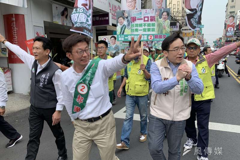 前總統陳水扁派兒子陳致中到麻豆為郭國文助選。(資料照片,顏振凱攝)