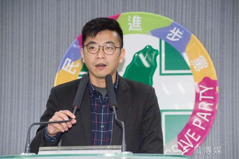 20190316-民進黨發言人周江杰譴責違法拉票及造謠行為記者會。(甘岱民攝)