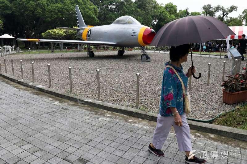 20190316-位於大直北安路上的「823砲戰紀念公園」,展示曾參與戰役的武器裝備,其中空軍的代表是F-86軍刀機。(蘇仲泓攝)