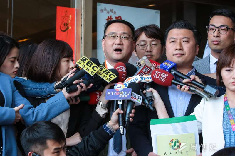 總統蔡英文初選團隊發言人阮昭雄強調手機納民調的重要性。(資料照片,顏麟宇攝)