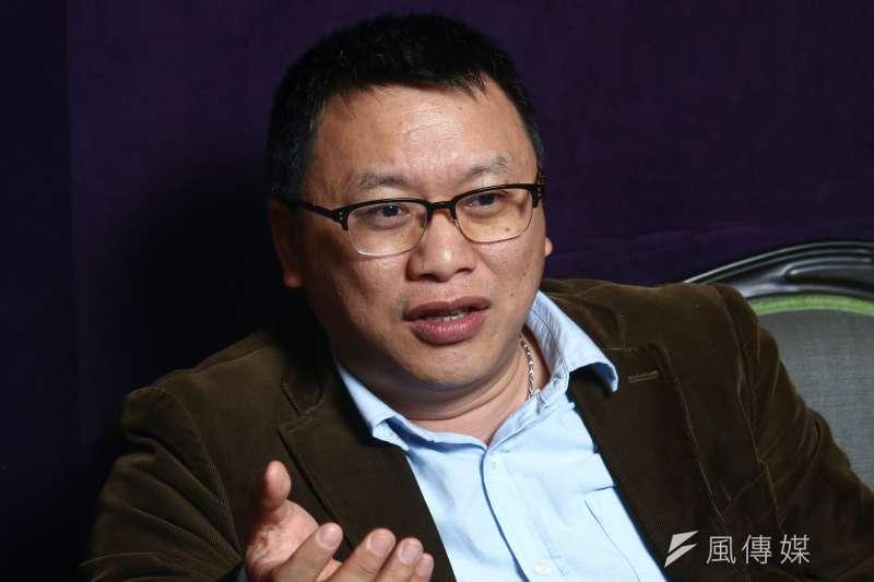 20190321-公視「我們與惡的距離」製作人湯昇榮21日接受專訪。(蔡親傑攝)