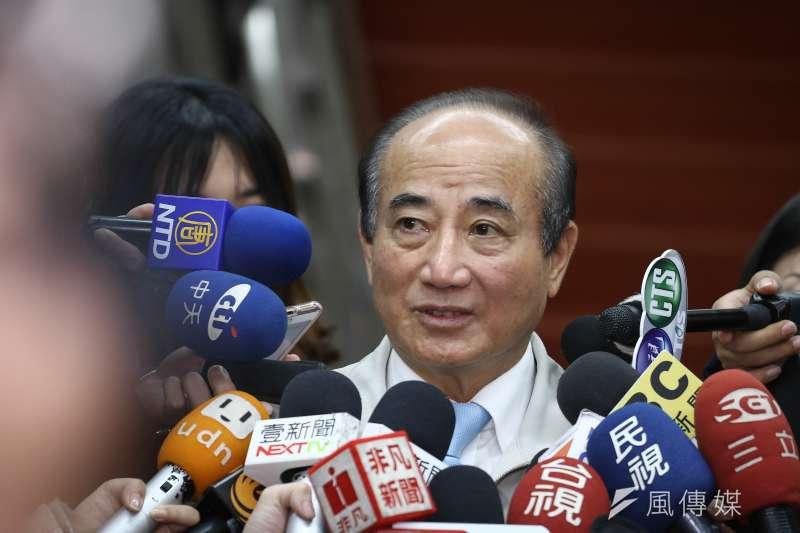20190326-王金平於立法院鎮江會館發表簡短談話。(陳品佑攝)