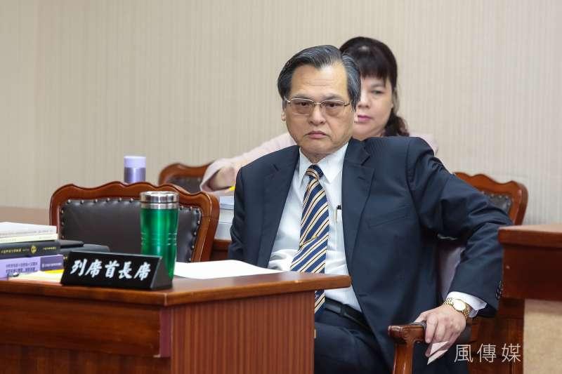 陸委會主委陳明通27日出席立法院內政委員會,受訪時表示,進中聯辦是非常敏感的政治行為,引起非常大的爭議,就算陸委會不說,整個社會都已譁然,包括香港社會。(顏麟宇攝)