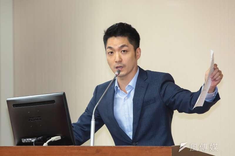 國民黨立委蔣萬安不小心被聽到說出「韓國瑜支持者比較不理性」,他事後也說明自己是為了韓國瑜好。(資料照片,顏麟宇攝)