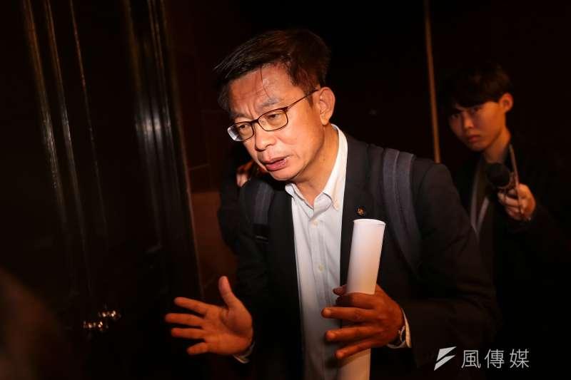 20190329-民進黨立委郭國文29日出面回應小編事件,強調一切符合勞基法。(顏麟宇攝)