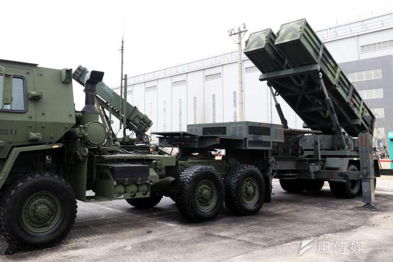 20190402_天弓飛彈是台灣長程防空的重要武器。圖為天弓飛彈發射車展示,向國人傳達國軍防空兵力的多元和先進。(資料照,蘇仲泓攝)