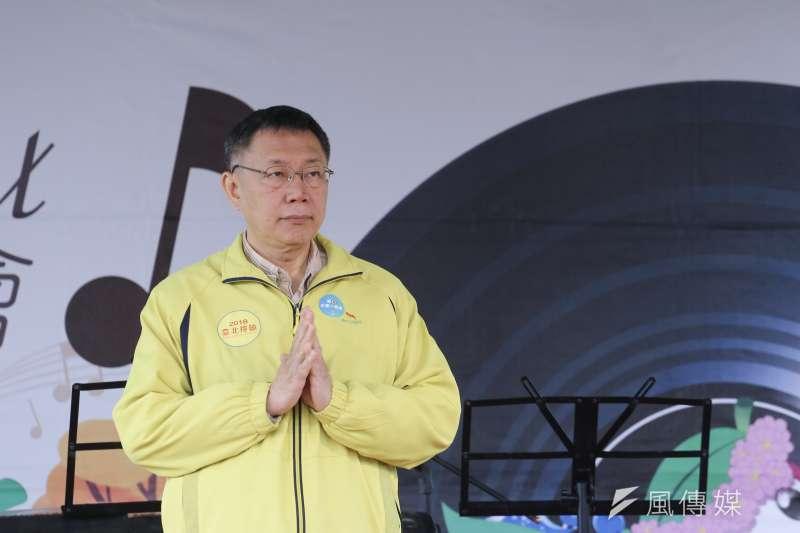 台北市長柯文哲日前批評日本核災區食品進口訴諸公投是「弱智」行為,引發各界爭議;今(5)日受訪時他自爆自己因ˋ太忙,進投票所後才細看題目,表示事先宣導不是很多,這樣的公投沒有意義。(陳品佑攝)