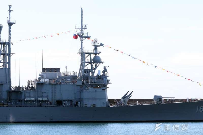 根據美軍對台軍售合約內容,雷神公司將對海軍紀德艦、諾克斯級巡防艦等雷達進行系統大修。圖為紀德級基隆號驅逐艦。(資料照,蘇仲泓攝)