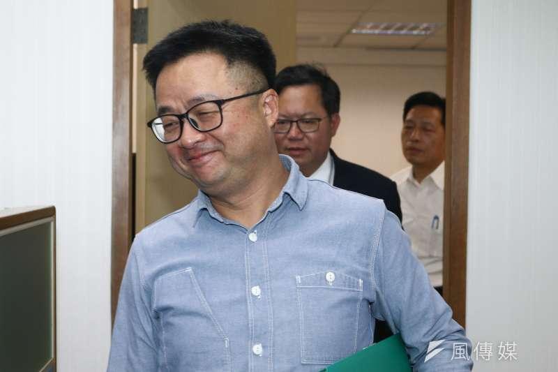 20190410-民進黨秘書長羅文嘉10日出席民進黨中執會。(蔡親傑攝)