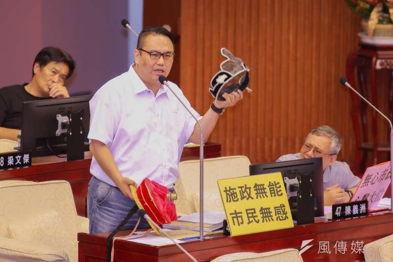 20190410-台北市議員陳重文10日進行質詢。(簡必丞攝)