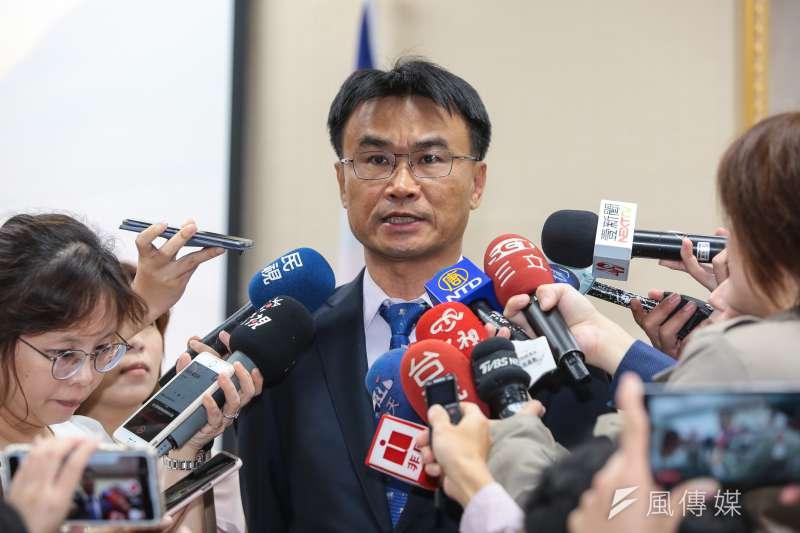 農委會主委陳吉仲(見圖)表示,160萬人吃不飽發生在馬政府時期,批評郭台銘搞不清楚狀況。(資料照,顏麟宇攝)