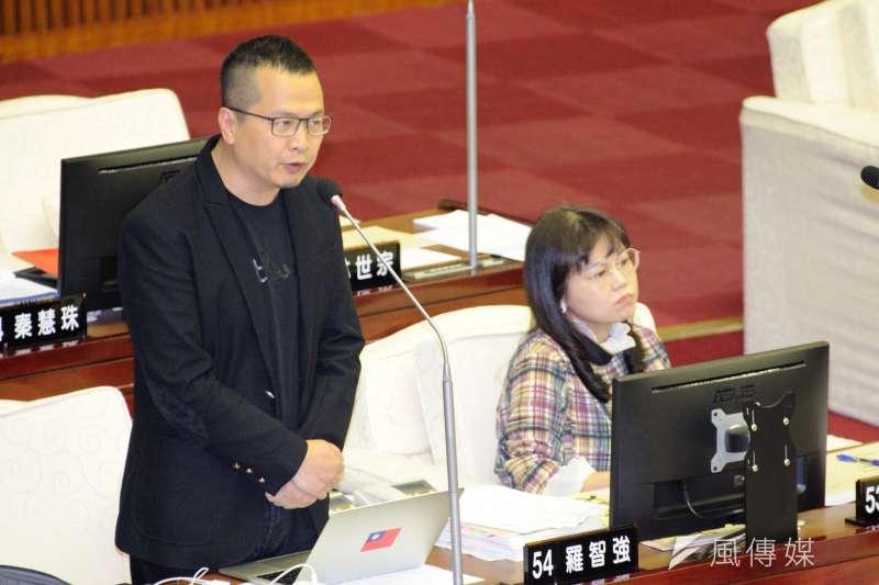 20190411-台北市議會質詢,台北市議員羅智強。(甘岱民攝)
