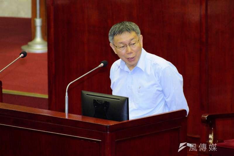 作者指出,台北市長柯文哲想選總統之心其實已經很清楚,他以個人魅力能夠打到今天和藍綠兩黨鼎足而三,誠屬不易。(資料照,甘岱民攝)