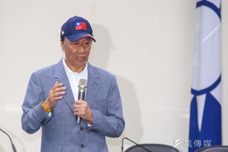 鴻海董事長郭台銘表示,自己的「國防靠和平」意思不是完全不買武器,而是應將錢花在刀口上,發展高科技的武器。(資料照,顏麟宇攝)