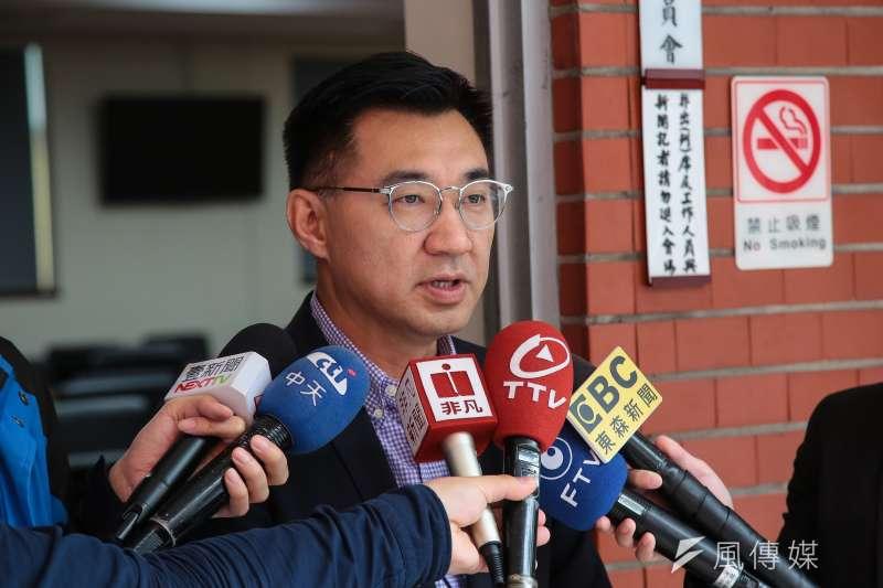藍委江啟臣說,國民黨還要一個月以上總統初選競爭人選才底定,他呼籲黨內應團結,「別再讓對手靠撿到槍,僥倖取勝。」(資料照,顏麟宇攝)