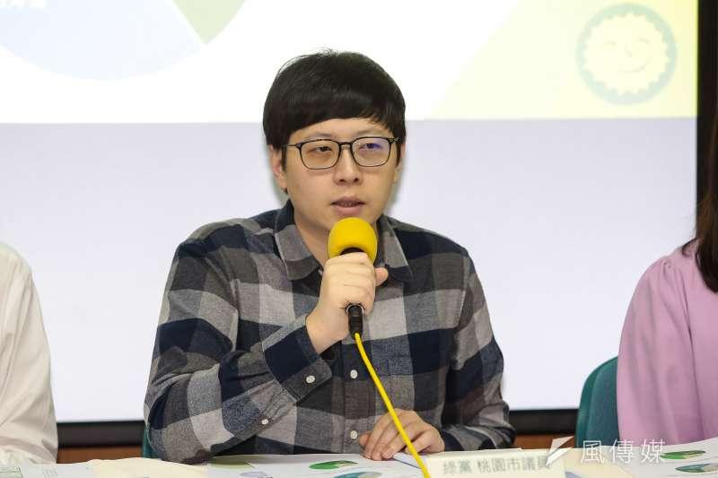綠黨桃園市議員王浩宇(見圖)日前表示要告辱罵他的韓粉並求償,而王浩宇在今(6)日於臉書發文貼出該網友道歉求和的截圖,但隨後又將貼文刪除。(資料照,顏麟宇攝)