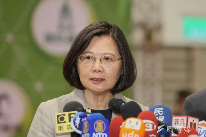 總統府澄清,蔡英文並未拒絕民調,只是不想黨內分裂。(柯承惠攝)