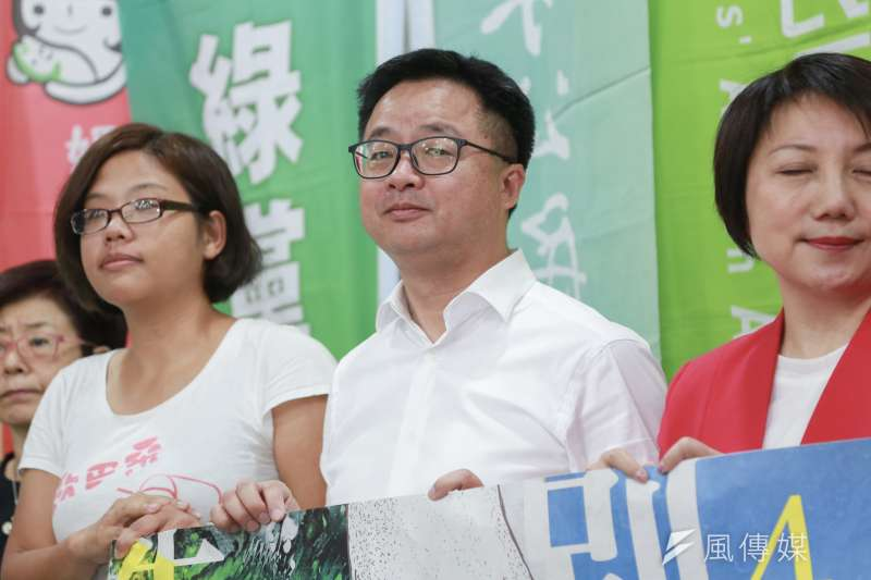 20190424-民進黨秘書長羅文嘉出席427廢核遊行政黨代表聲援記者會。(簡必丞攝)