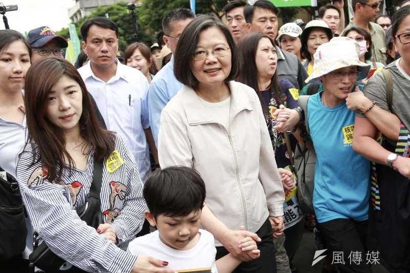 20190427-總統蔡英文27日出席廢核大遊行。(簡必丞攝)