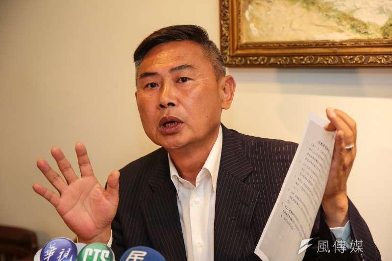 前民進黨副秘書長李俊毅指出,若民進黨在野,也會支持藻礁公投。(資料照,顏麟宇攝)