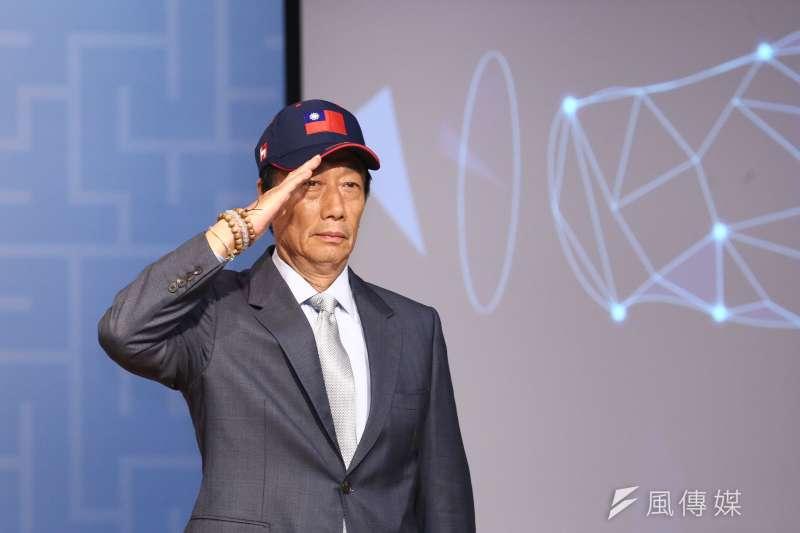 鴻海集團董事長郭台銘表示要他講九二共識,就必須一中各表,呼籲北京正視中華民國存在的事實。(陳品佑攝)
